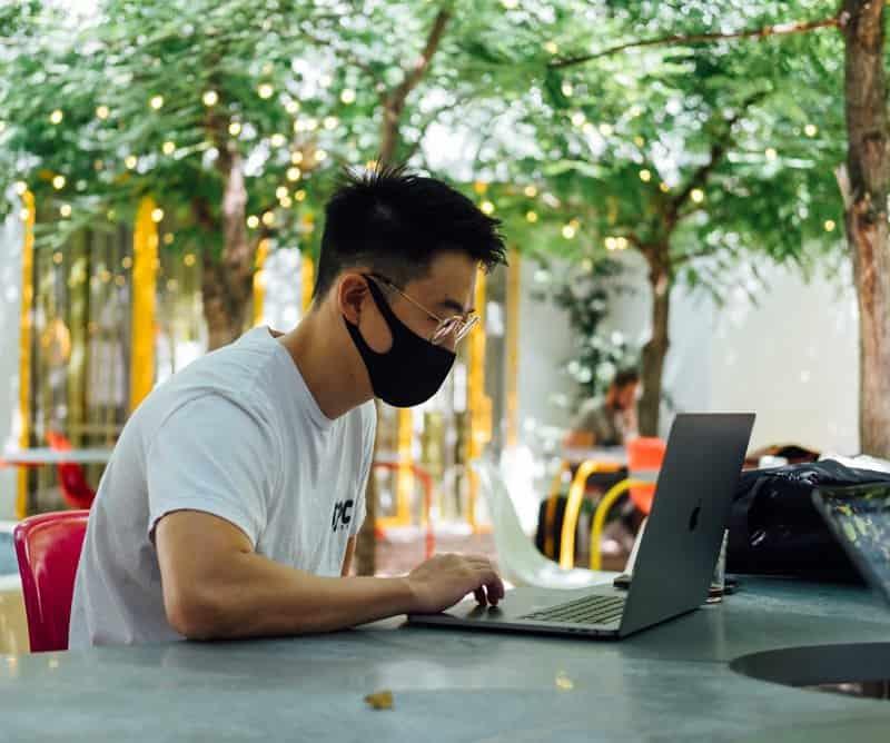 Apple MacBook -MacBook Air MacBook Pro Battery Replasment NiwTech Price