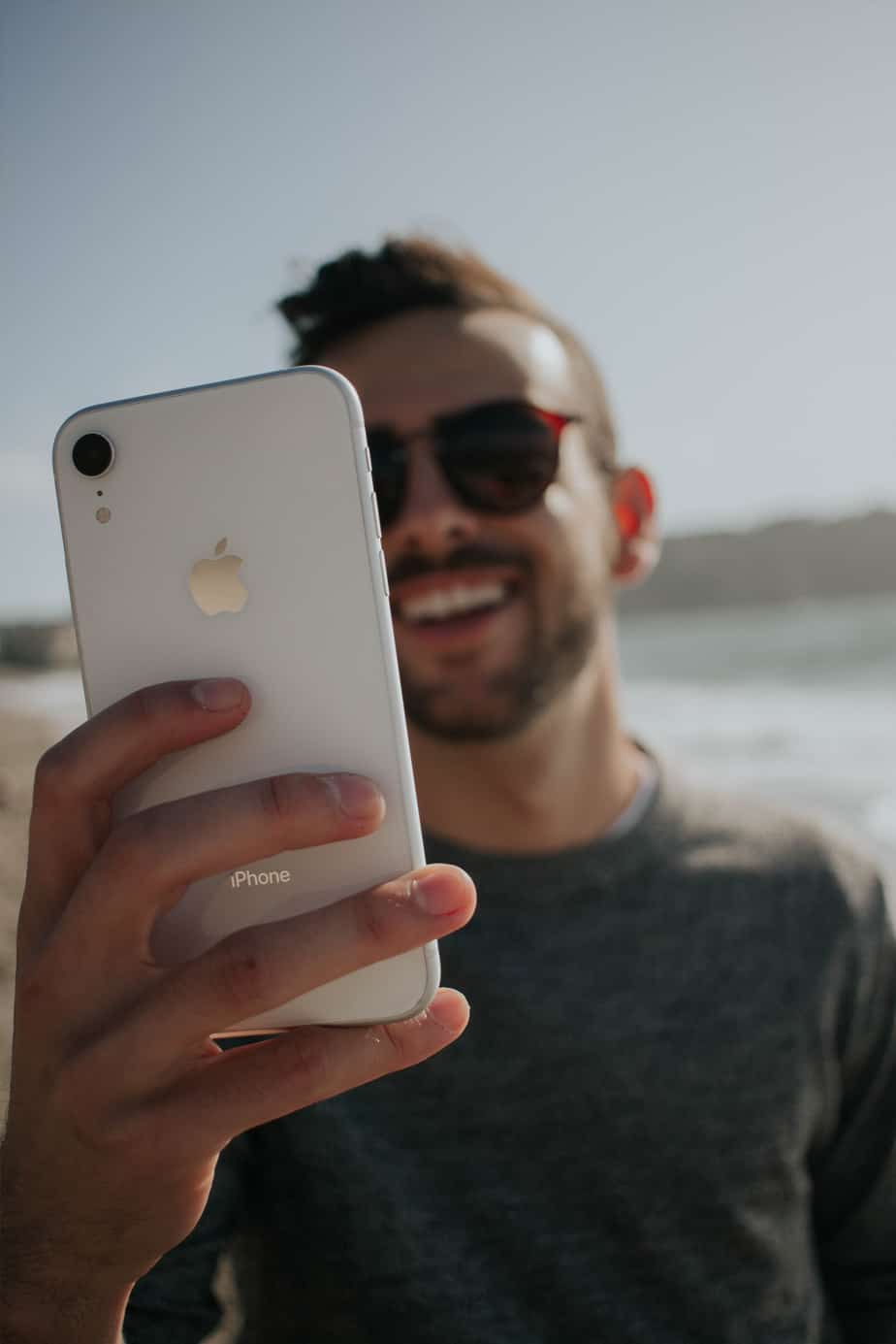 iPhone repair Cardiff, certified Apple iPhone Technician in Cardiff, NiwTech